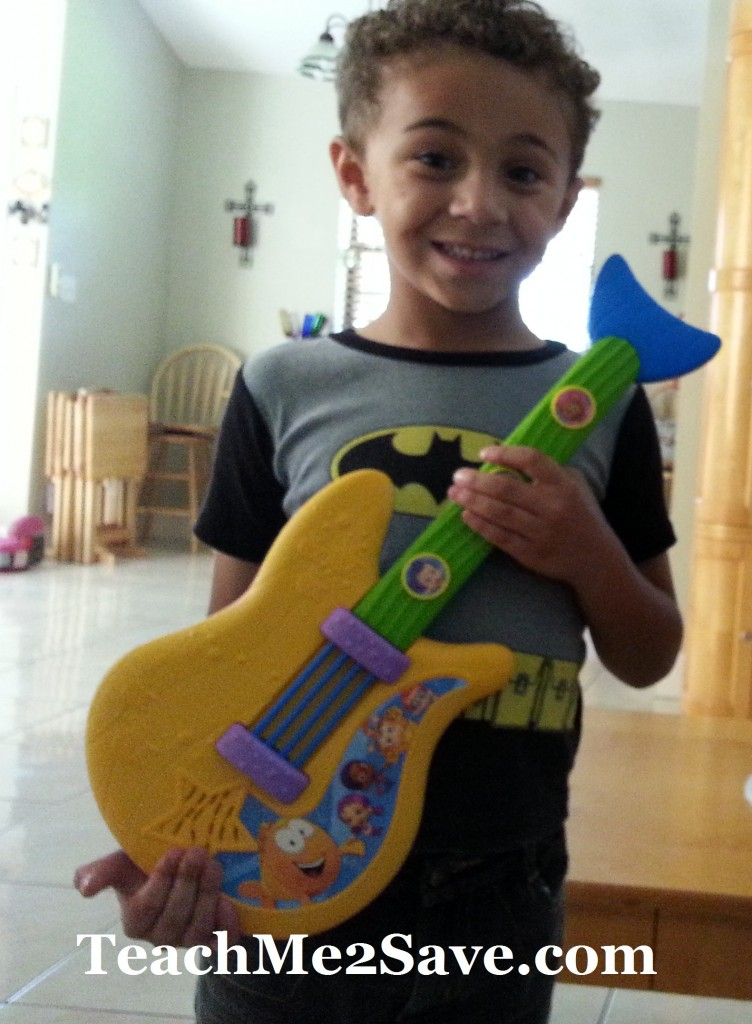 Bubble Guppies Fin-tasic Guitar