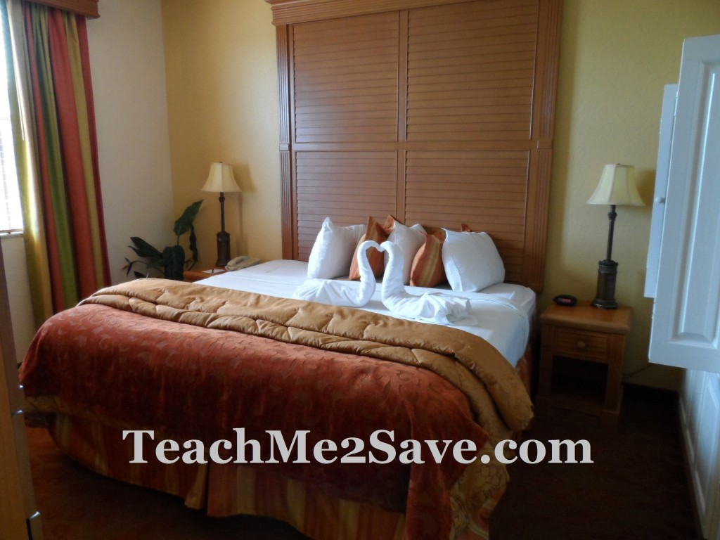 Floridays Resort Orlando Master Bedroom