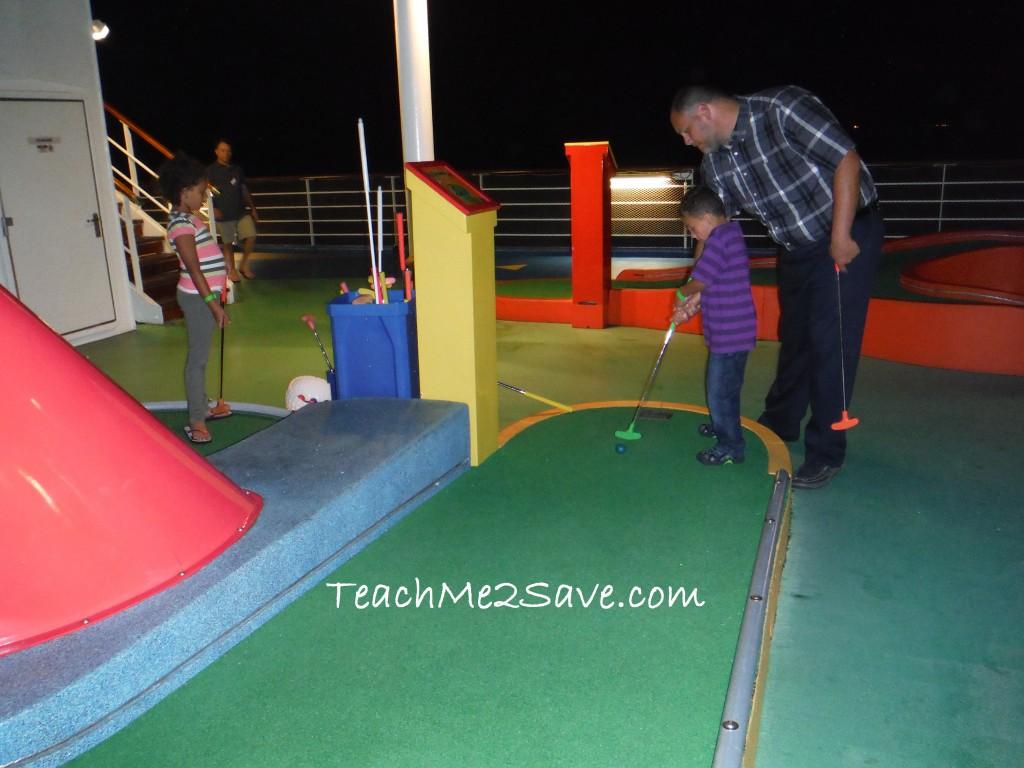 Carnival Breeze Golf