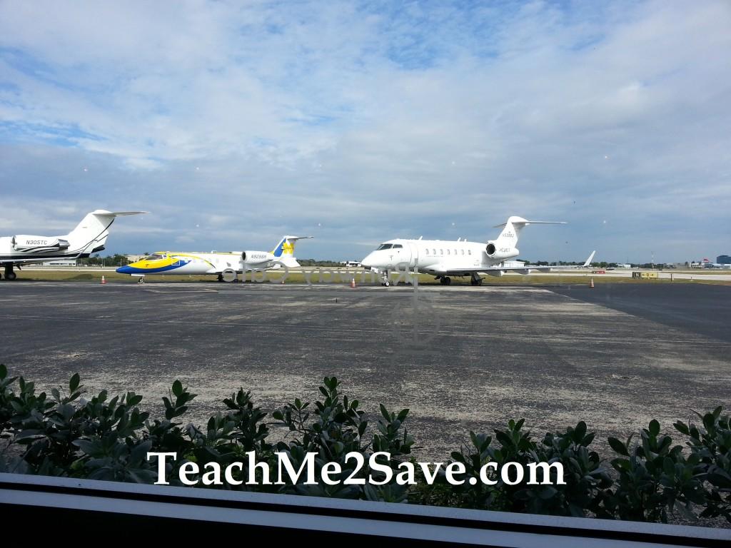 Jet Runway Cafe View