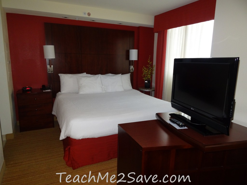 Residence Inn by Marriott Miami Airport Studio Suite King Size Bed