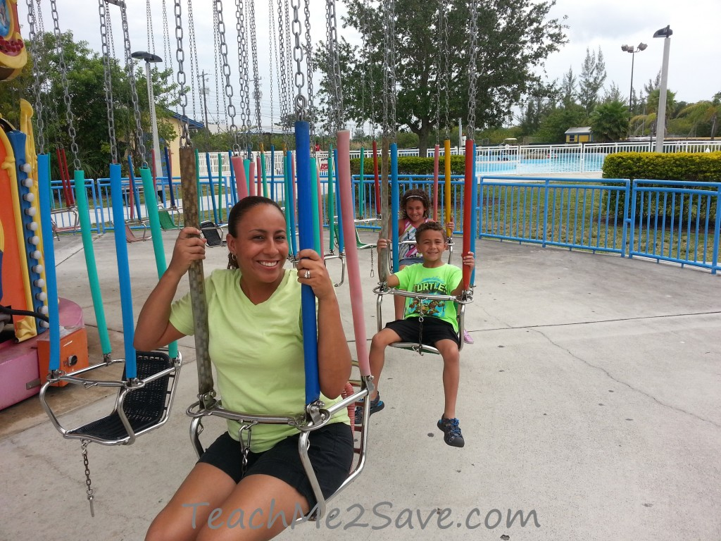 Boomers Swing Ride