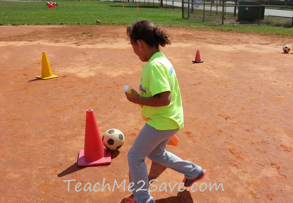 Playing soccer - TM2S