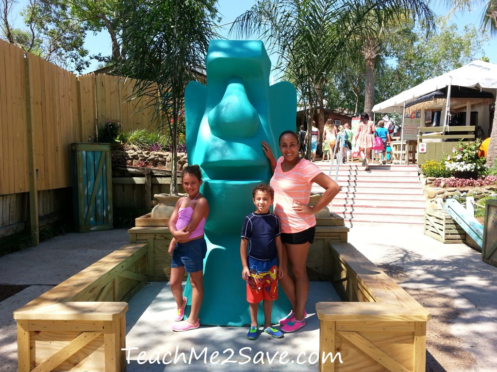 Big Kahuna's Water and Adventure Park Statue - TM2S