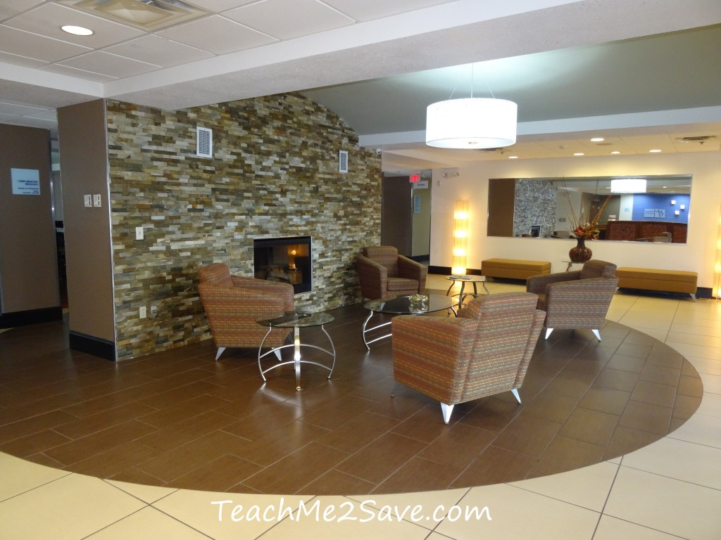 Holiday Inn Express & Suites Orange City - Lobby