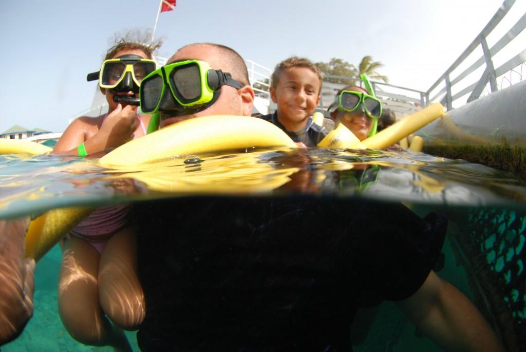 Curaçao Sea Aquarium Animal Encounter Family Pic