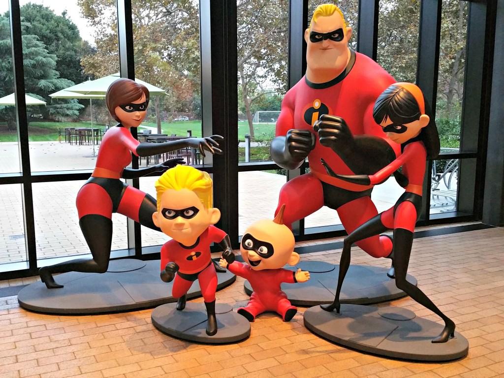 Pixar Animation Studios - The Incredibles Statue REV