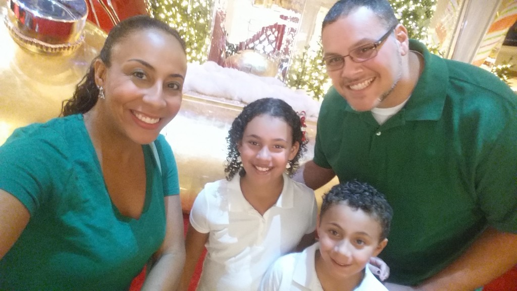 Fernandez Family at Aventura Mall