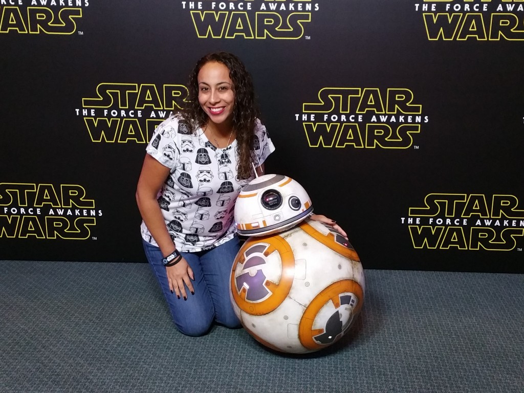 Leanette Fernandez with BB-8