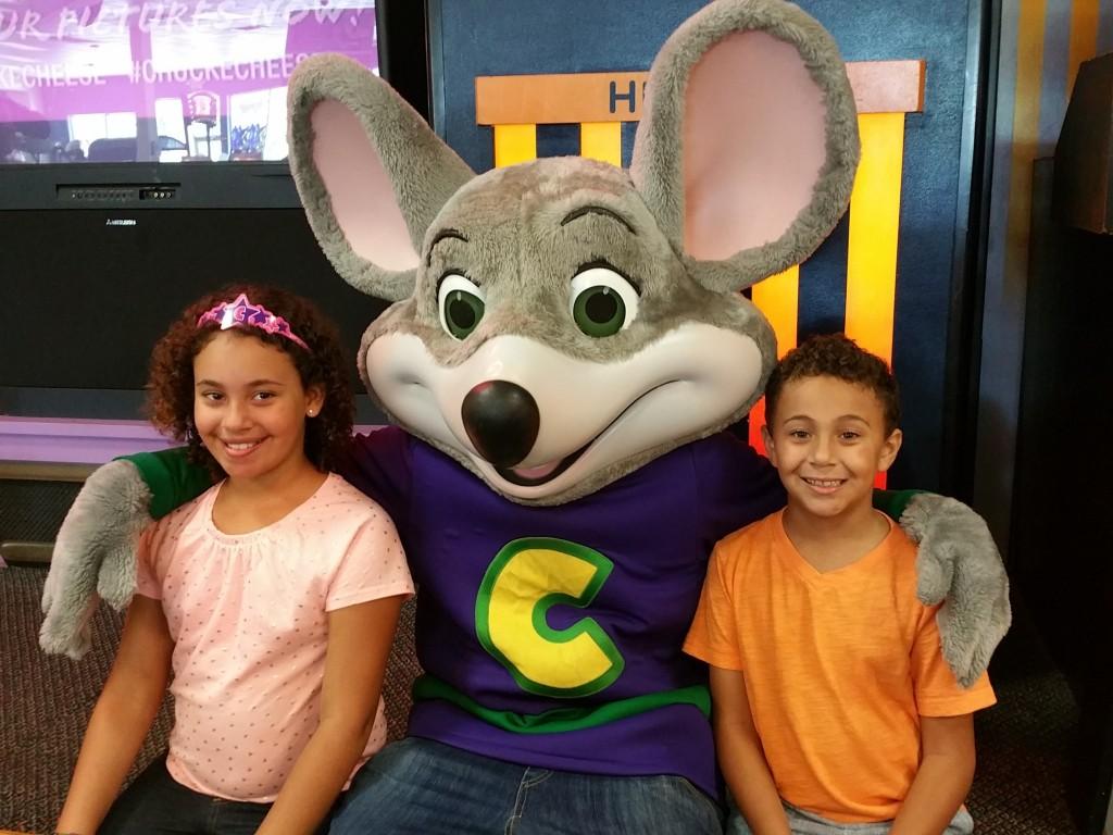Chuck E. Cheese and the kiddos