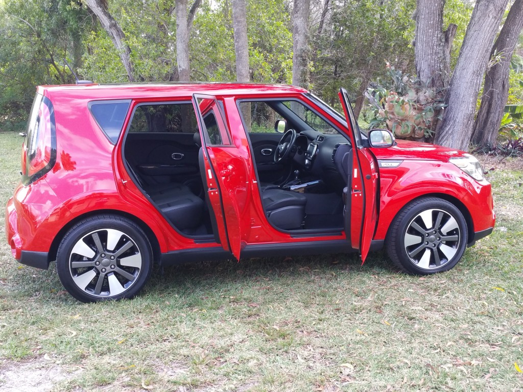 2016 Kia Soul Inside Space