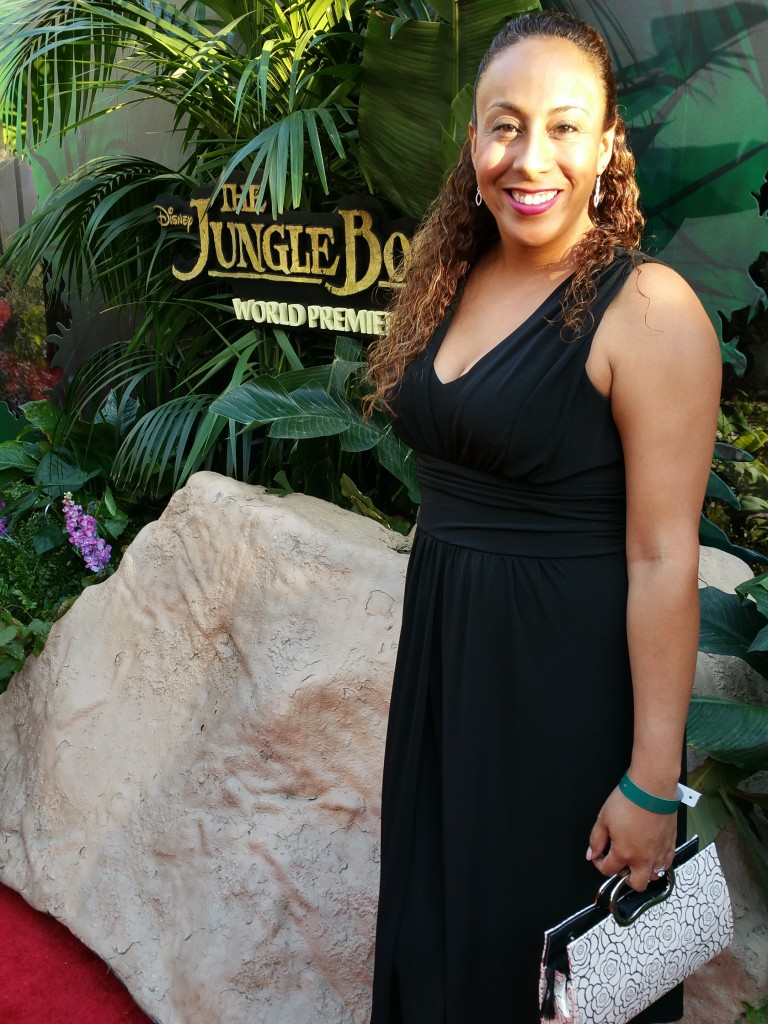 Leanette Fernandez at The Jungle Book Red Carpet Premiere