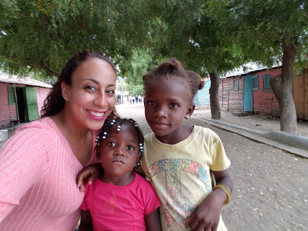 Leanette with girls from world vision trip