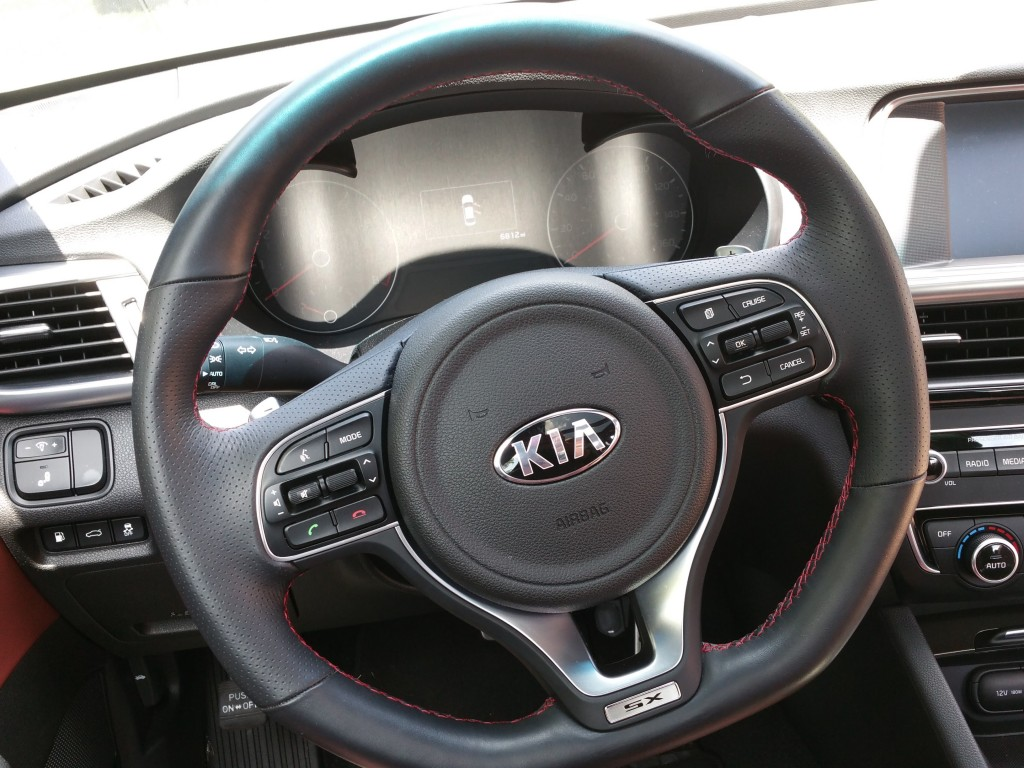 Kia Optima SX Turbo Steering Wheel