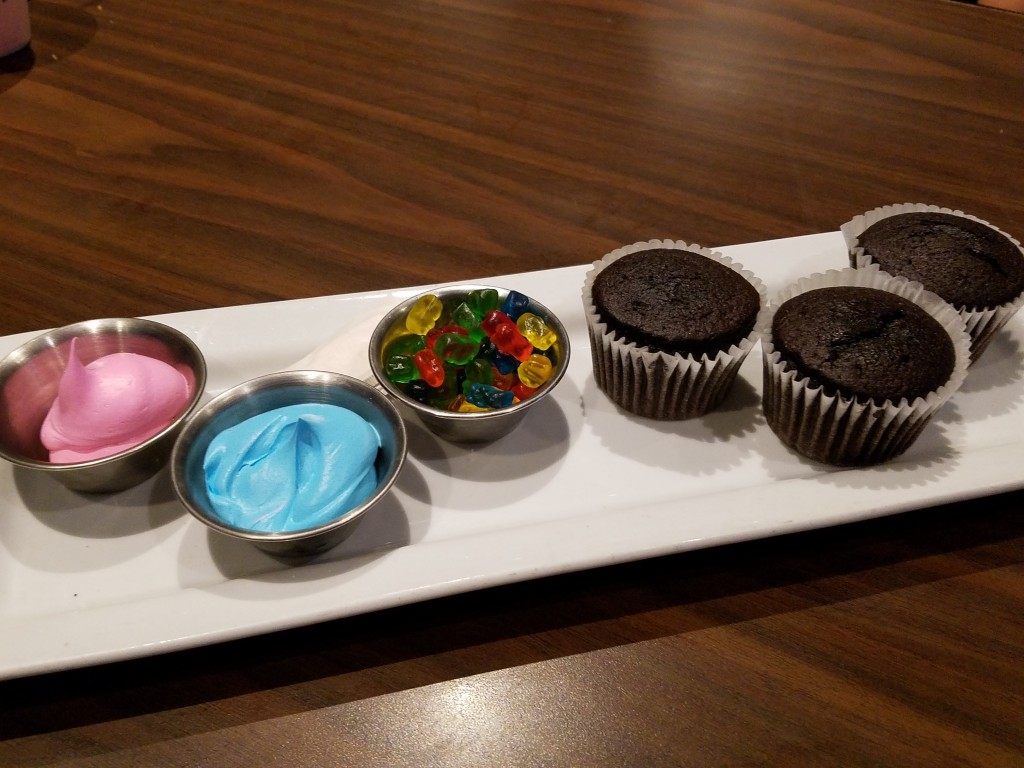 Duffy's Sports Grill Kids Cupcakes