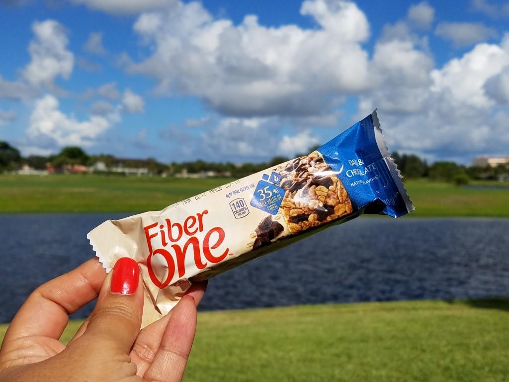 Fiber One Oats & Chocolate (outside)