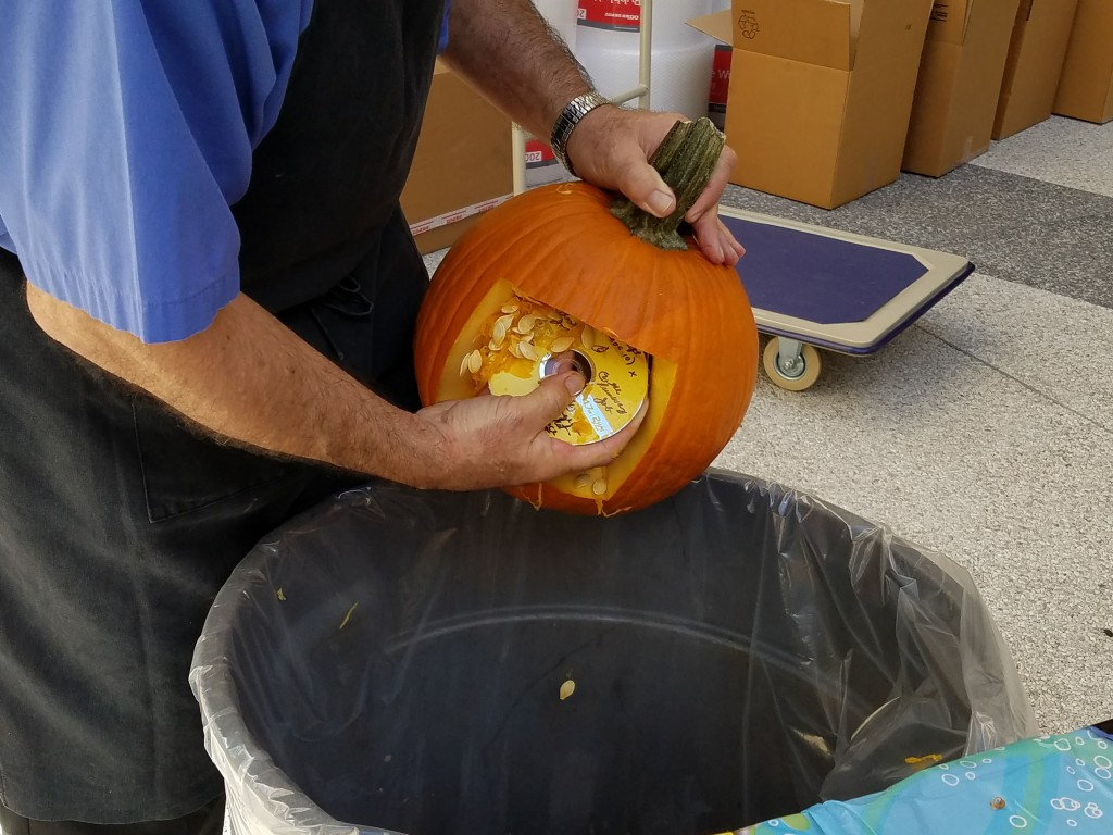 finding-dory-halloween-pumpkin-carving-step-4