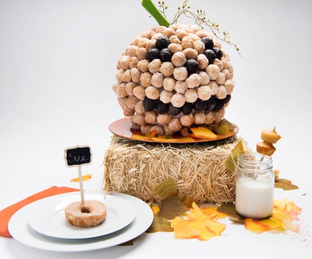 entenmanns-harvest-centerpiece