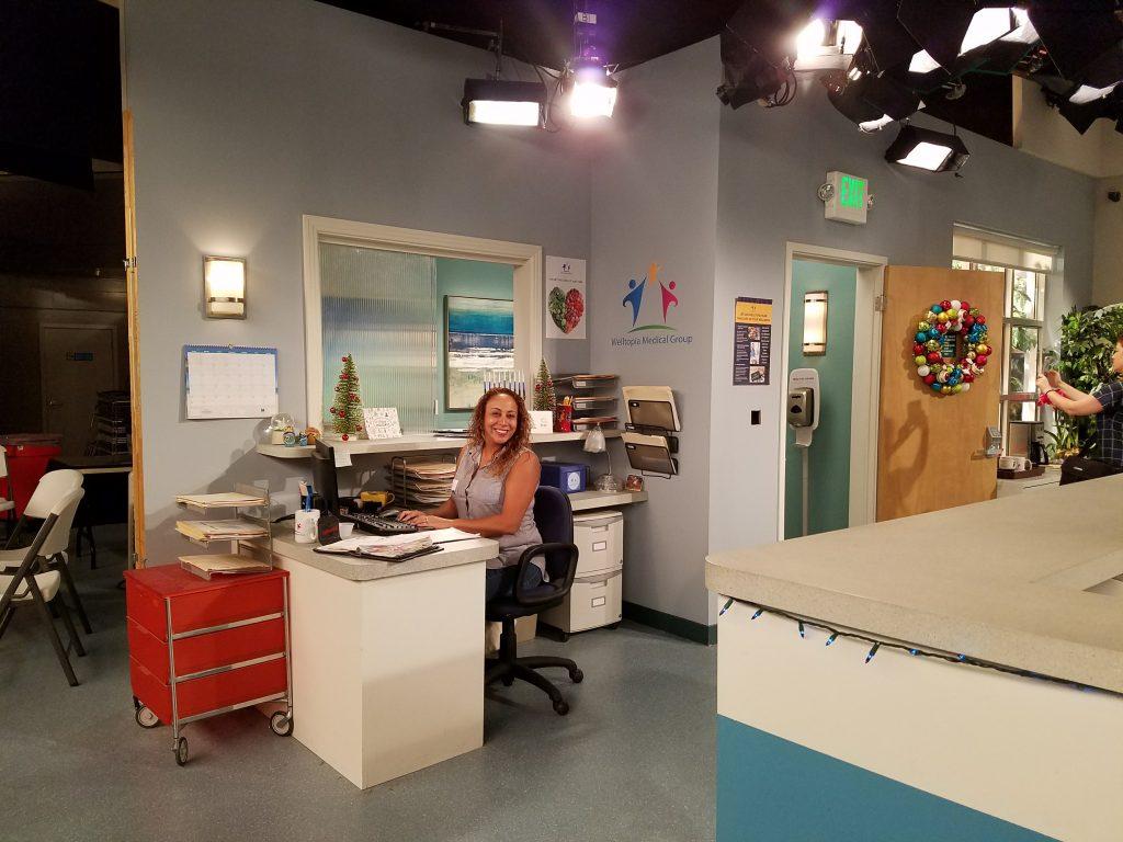 dr-ken-set-visit-leanette-working-as-receptionist