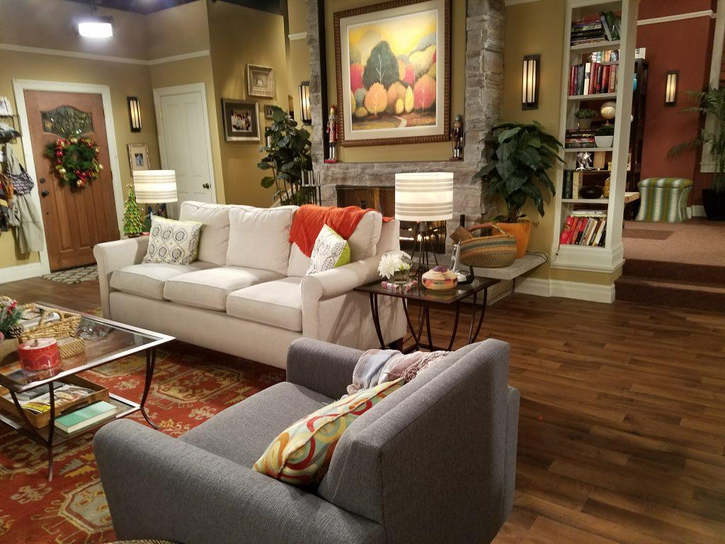 dr-ken-set-visit-living-room