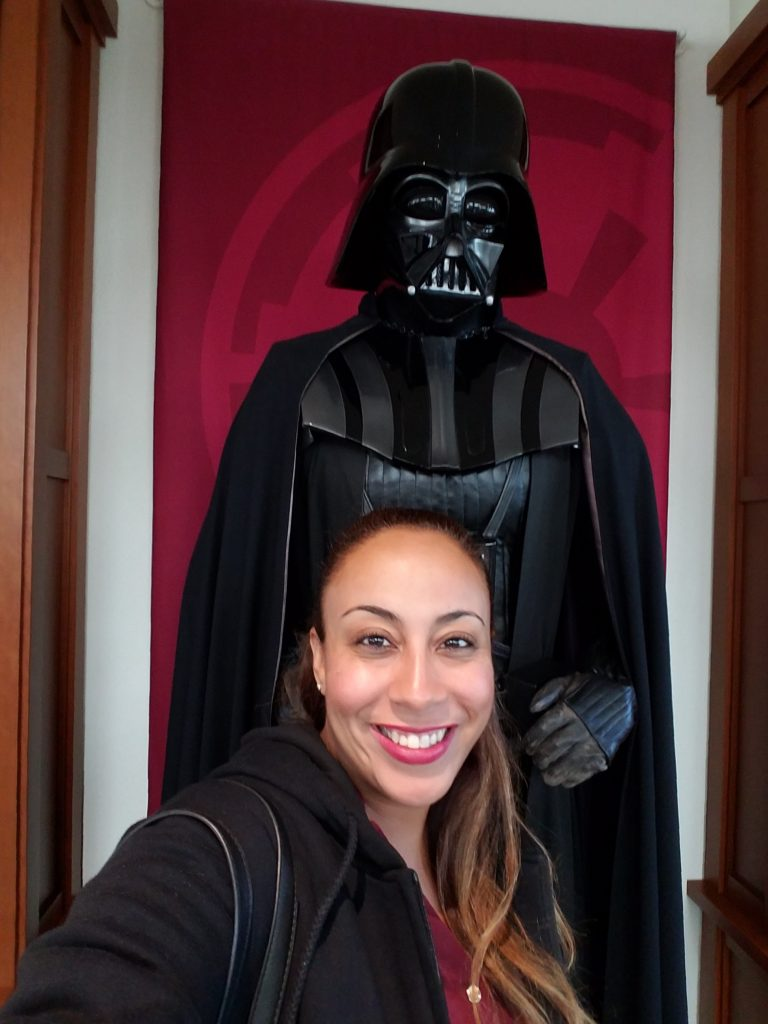 leanette-and-darth-vader-statue-at-lucasfilm-headquarters