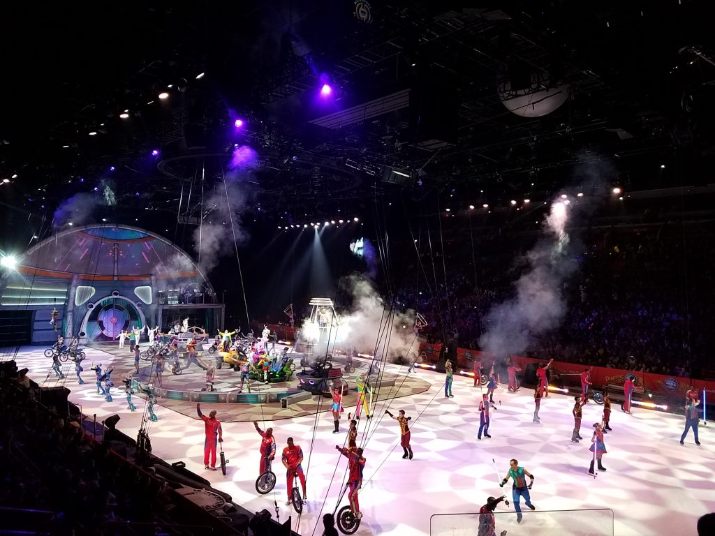 ringling-bros-and-barnum-bailey-presents-out-of-this-world