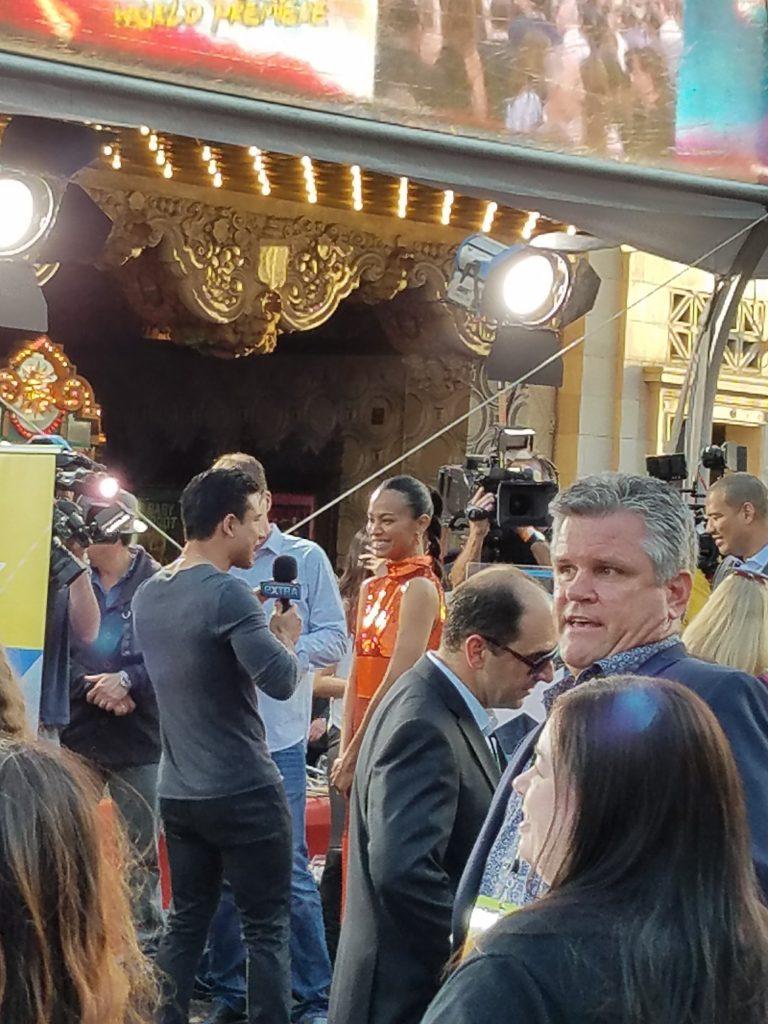 Mario Lopez interviewing Zoe Saldana