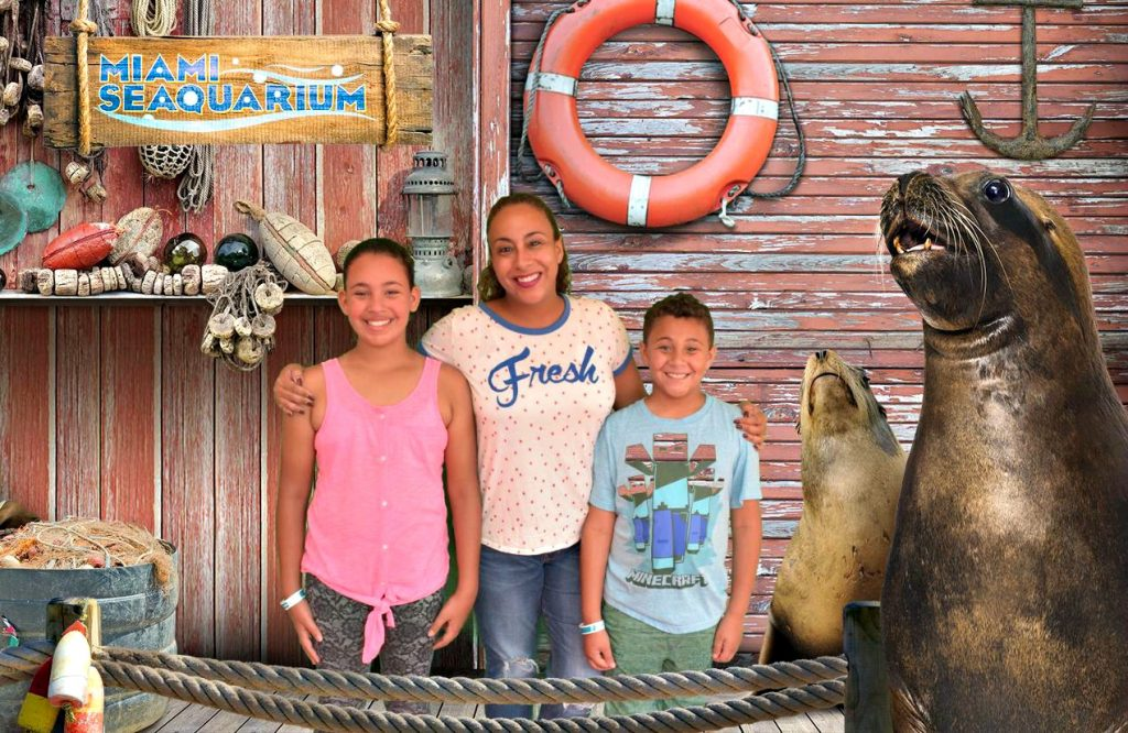 Fernandez Family at the Miami Seaquarium R