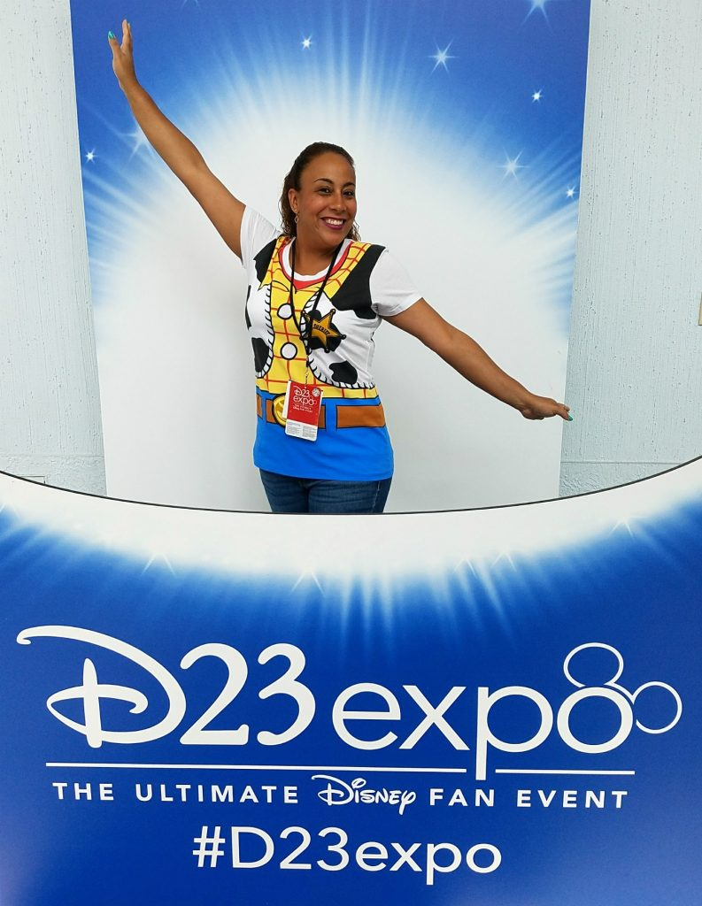 Leanette Fernandez at the 2017 D23 Expo