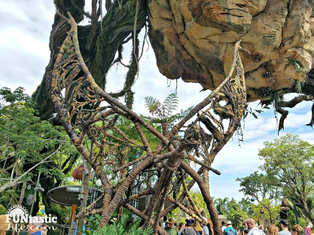 Pandora - The World of Avatar 12 R