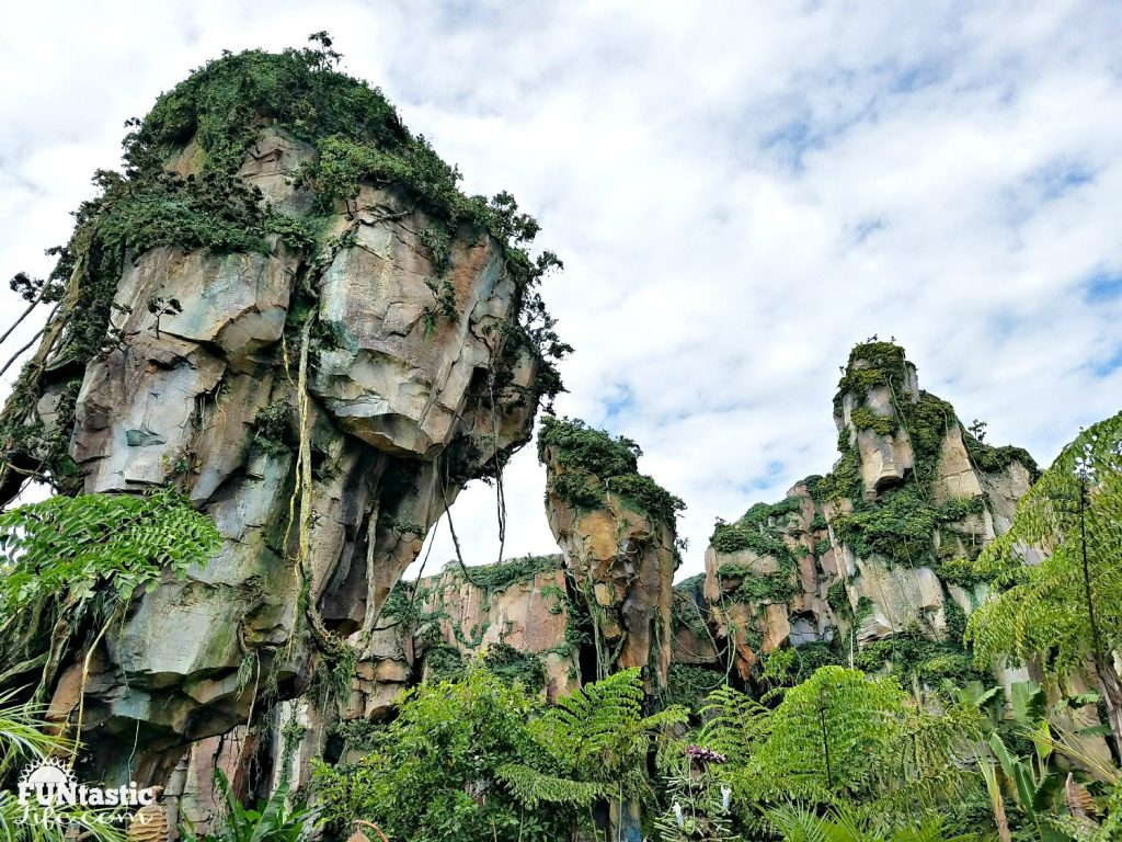 Pandora - The World of Avatar 6 R