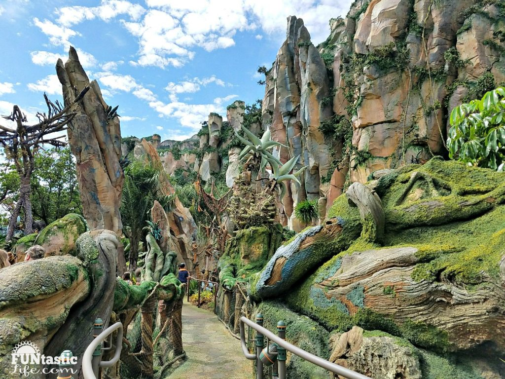 Pandora - The World of Avatar Ride R