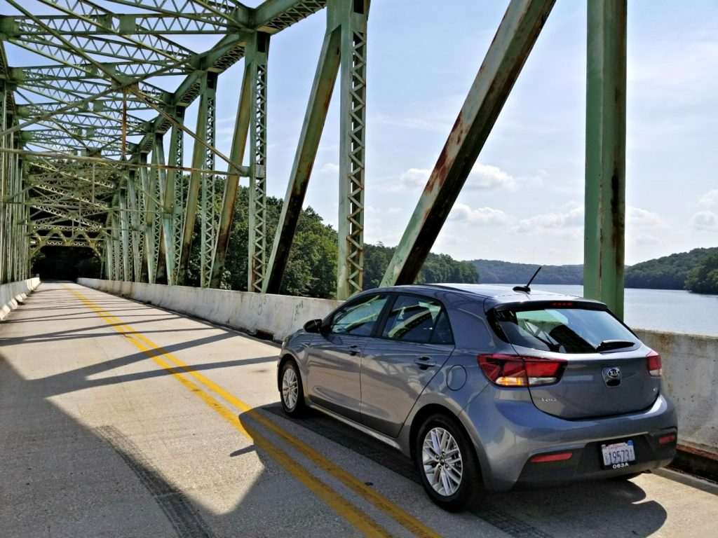 2018 Kia Rio on the bridge R