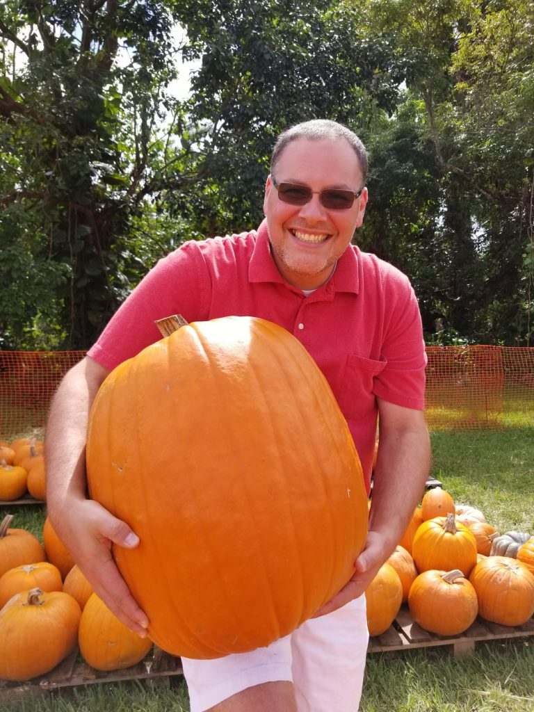 Art and the giant pumpkin at Pumpkin Patch 2017