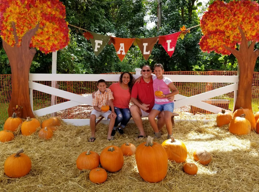 Fernandez Family at Pumpkin Patch 2017