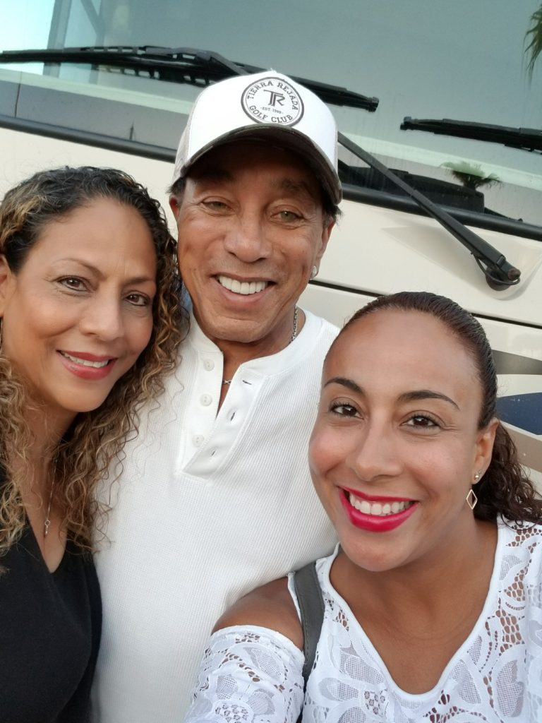 Leanette Fernandez, Sol and Smokey Robinson