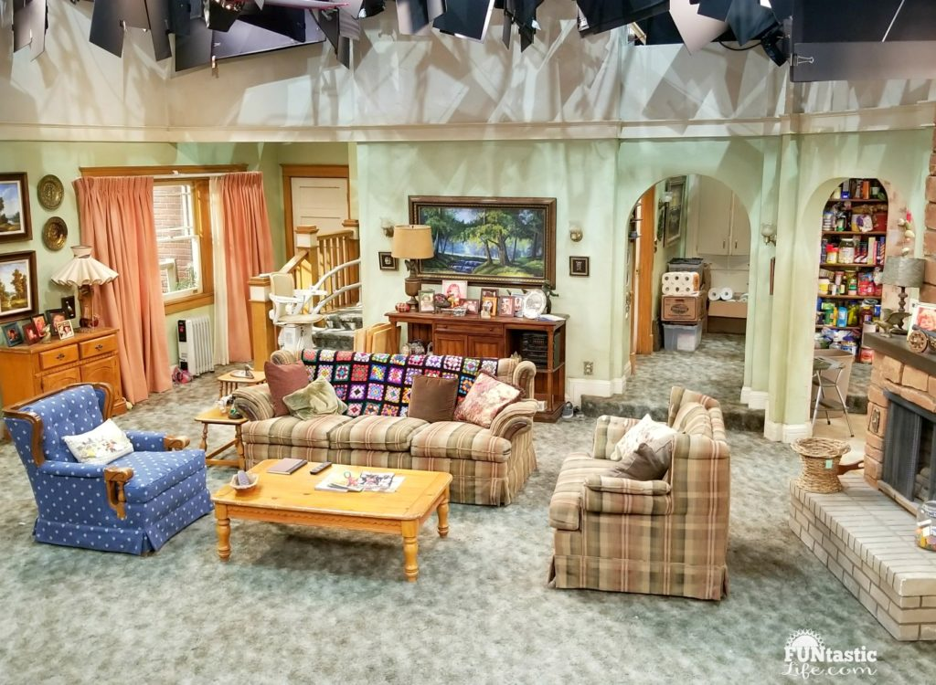 Roseanne Living Room Set