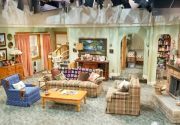 Roseanne Set - Living Room