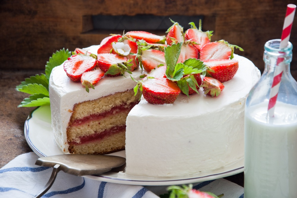 Instant Pot Homemade Strawberry Cake