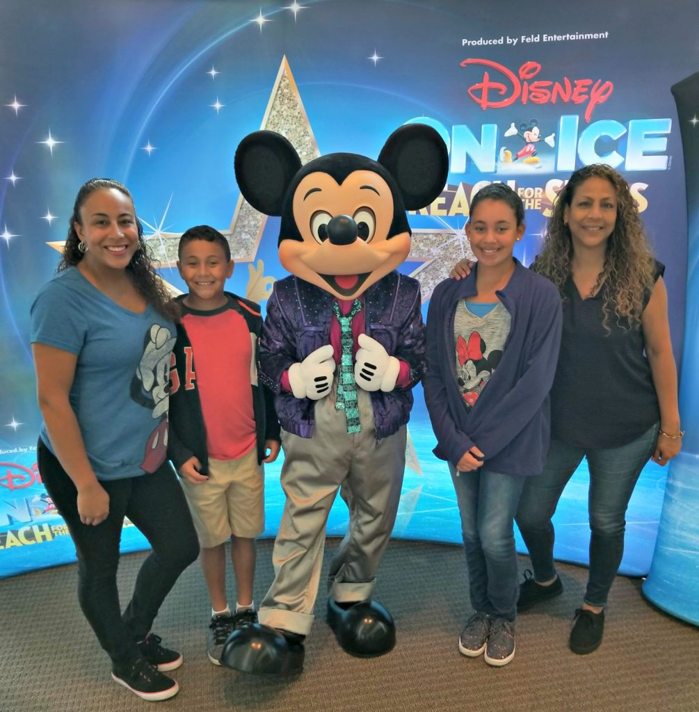 Disney On Ice Presents Reach For The Stars Funtastic Life