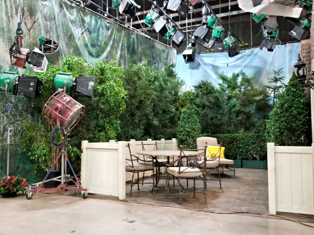 General Hospital Patio Set