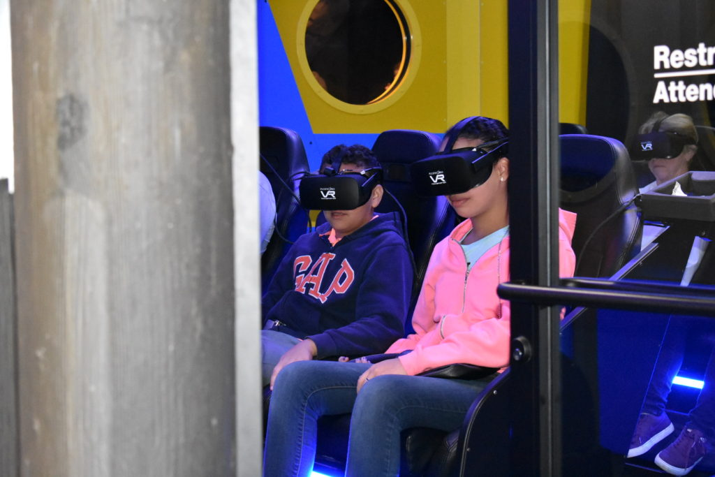 kids on virtual reality game