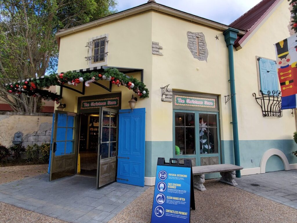 Christmas Store at SeaWorld